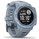 Garmin Instinct – wasserdichte Sport-Smartwatch mit Smartphone Benachrichtigungen und Sport-/Fitnessfunktionen mit GPS, 14 Tage Akkulaufzeit, Hellblau
