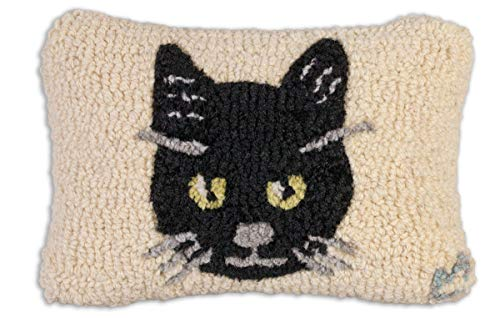 "Chandler 4 Corners Artist-Designed Halloween Black Cat Hand-Hooked Wool Decorative Petite Throw Pillow (8"" x 12"")"