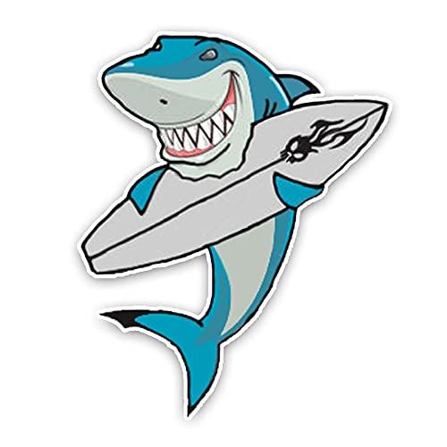Ylzh 12.2 X 15.1CM Moda encantadora tabla de surf Tiburón de dibujos animados PVC Pegatina de coche decoración gráfica