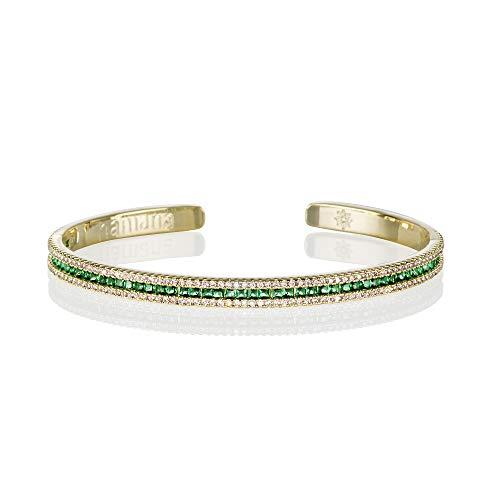 Namana Armreif in Grün für Damen. Manschettenarmband in Gold für Frauen mit grünen Zirkonia-Steinen. Offener Armreif mit Geschenkbox