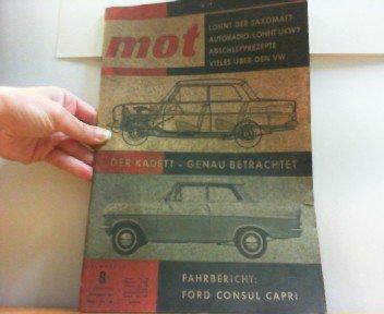 mot Heft 9, 8. Jahrgang, Juli 1962. Lohnt der Saxomat? Autoradio: Lohnt UKW? Abschlepprezepte. Alles über den VW. Der Kadett - Genau betrachtet. Fahrbericht: Ford Consul Capri.