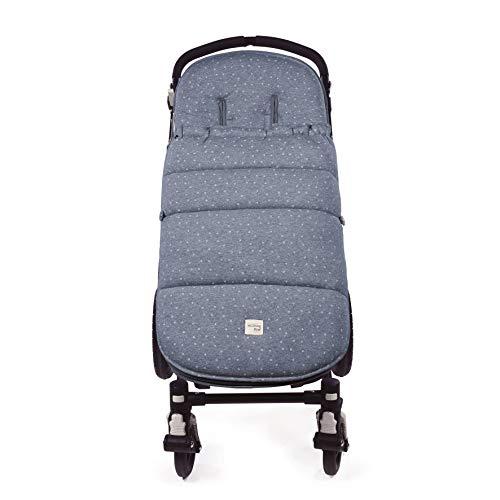 Walking Mum. Saco silla de paseo Dreamer. Funda para silla de paseo. Tejido en punto ideal para invierno. Uso universal. Color Azul/Estampado de estrellas. Medidas 50 x 3 x 88 cm