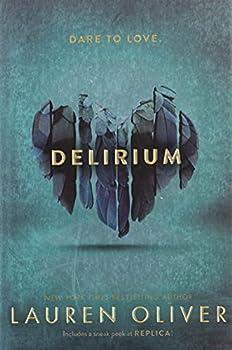 Paperback Delirium (Delirium Trilogy, 1) Book