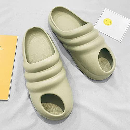 N\C Pantoufles d'été pour Hommes de Grande Taille, Pantoufles décontractées Creuses, Trou Chaussures Taille 39-46