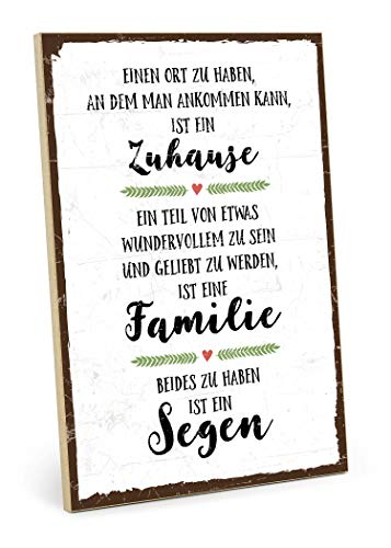 TypeStoff Holzschild mit Spruch – Familie, ZUHAUSE, SEGEN – im Vintage-Look mit Zitat als Geschenk und Dekoration zum Thema Geborgenheit, Liebe und Freundschaft (19,5 x 28,2 cm)