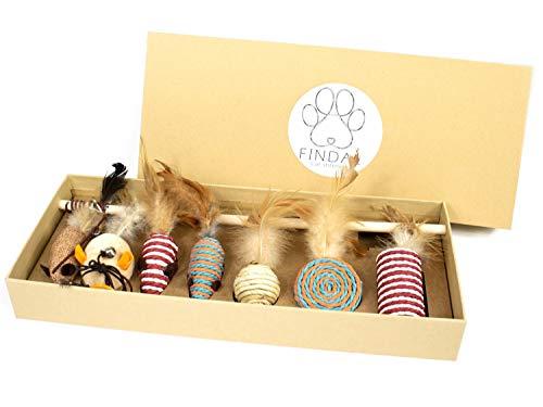 FINDAL - Katzenspielzeug Set aus Hanfseil und Natur Feder mit Maus, Glöckchen Federstab & Rassel Ball, 7 x Spielzeug für Katzen ohne Plastik, Federspielzeug mit Mäuse nachhaltig für Katze inkl. Box
