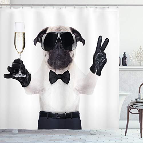 ABAKUHAUS Mops Duschvorhang, Hundefeier Alkohol, mit 12 Ringe Set Wasserdicht Stielvoll Modern Farbfest und Schimmel Resistent, 175x180 cm, Weiß Schwarz Creme