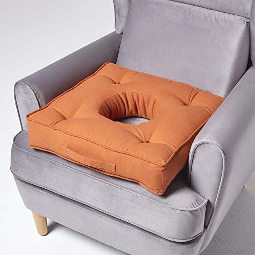 Homescapes orthopädisches Sitzkissen mit Loch, Dickes Sitzpolster 50 x 50 cm, Terracotta, stabiles Lochkissen für während und nach der Schwangerschaft, bei Hämorrhoiden-Problemen oder postoperativ