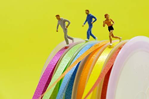 Coole sportliche fröhliche Postkarte - Läufer Sportler Fitness auf Geschenkband - Geburtstagskarte Einladung