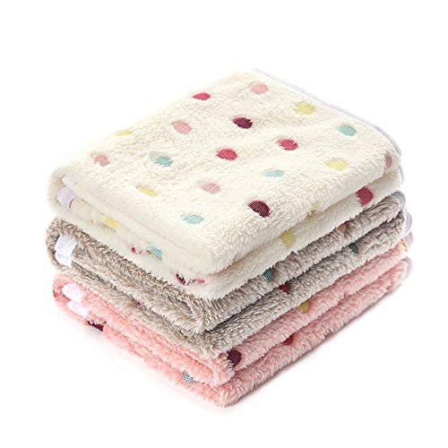 Luciphia 1 Pack 3 Blankets Super Soft Fluffy Premium Fleece Pet Blanket Flannel Throw for Dog Puppy Cat Dot2 Medium