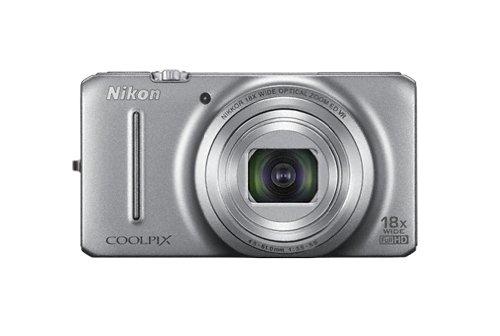 Nikon Coolpix S9200 Digitalkamera (16 Megapixel, 18-fach opt. Zoom, 7,5 cm (3 Zoll) Display, bildstabilisiert) silber