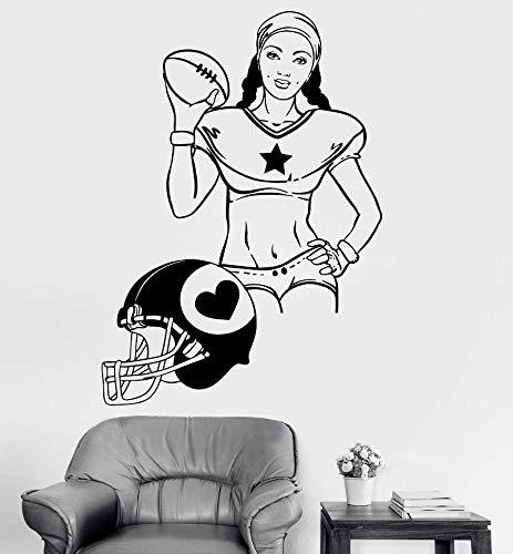 wZUN Vinyl Wandtattoo Frau Rugby Sport Mädchen Helm Aufkleber Home Wohnzimmer Schöne Mode Wandaufkleber 63x88cm