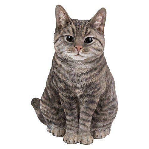Real Life Sitting Tabby Cat | Hochdetaillierte, frostbeständige Dekoration für Haus und Garten aus Harz