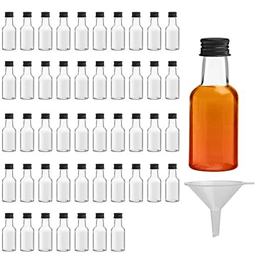 Belle Vous Botellas de Licor Miniatura (Pack de 48) Botella Reutilizable de Plástico 25 ml Vacías - Tapa Negra de Rosca y Embudo Verter y Llenar Fácilmente – Mini Botellas Licor, Bodas y Fiest