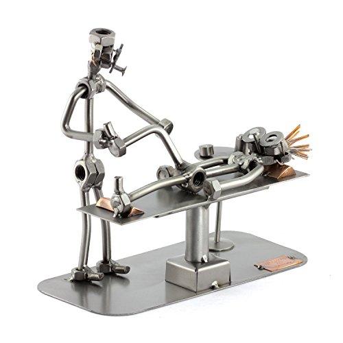 Steelman24 I Schraubenmännchen Physiotherapeut I Made in Germany I Handarbeit I Geschenkidee I Stahlfigur I Metallfigur I Metallmännchen