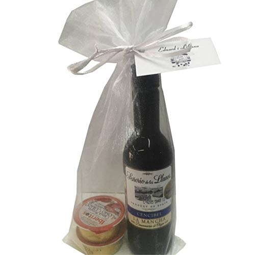 Regalo individual (1 unidad) compuesta por Vino Señorío de los llanos y dos monodosis de patés en bolsa de organza