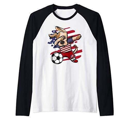 Dabbing Perro Fútbol de Estados Unidos - Bandera Americana Camiseta Manga Raglan