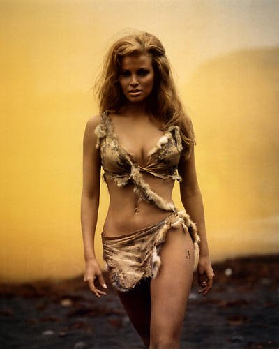 One Million Years B.C. Fell-Bikini-Szene Raquel Welch 35,6 x 27,9 cm