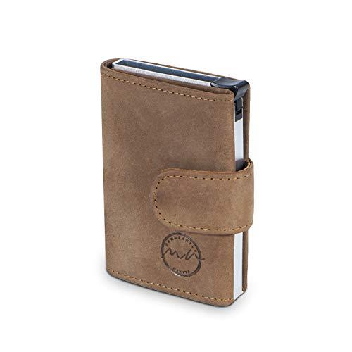 MANUFAKTUR NIKITA® POP-UP Kreditkarten-Etui mit RFID NFC Schutz für 10 Karten Wallet mit Fach für Scheine und Münzen aus echtem Leder mit gratis Geschenkverpackung (braun ohne Münzfach)
