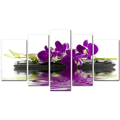 Pintura en lienzo artística decorativa de orquídeas moradas en piedras negras como mariposas. Panel de 5 piezas de arte moderno. Ideal para decorar el salón. Pinturas de flores.