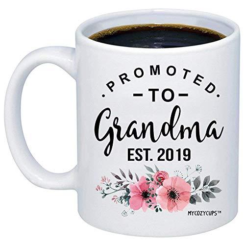 Baby Reveal Geschenk für Mama - Befördert zu Oma 2019 Kaffeetasse - Neue Mama wird neugeboren Neuheit Geschenkidee für Mütter - Neue Eltern Schwangerschaft Überraschung Ankündigung Foto Prop Cup für S