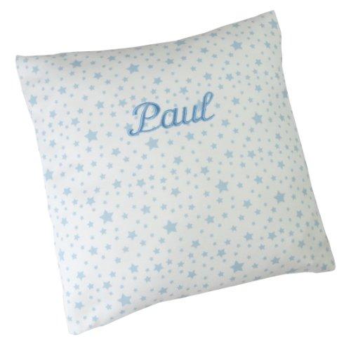 bellybutton Kissen mit Ihrem Wunschnamen in der abgebildeten Stickschrift bestickt hellblau / weiß Sternchen 30 cm x 30 cm mit Füllung