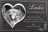 Tiergrabstein Hunde mit eigenem Bild in Herzform und Text, Grabsteine für Hunde mit personalisierter Gravur Hunde, Katzen, Kaninchen, Haustiere Gedenksteine aus Naturschiefer 30x20 cm
