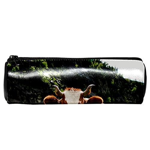 EZIOLY Estuche para lápices de piel de vacas pastando verdes prados granja granja lápiz monedero bolsa de maquillaje cosmético bolsa para estudiantes papelería escuela trabajo oficina almacenamiento