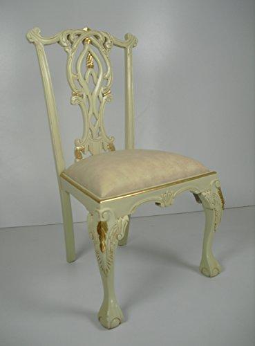 Stuhl, Armlehnstuhl, Art Chippendale in elfenbeinfarben/Goldblatt mit vielen Ornamenten, Nostalgie pur. Barock