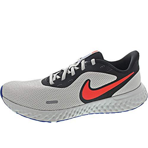 Nike Revolution 5, Running Shoe Uomo, Nero/Rosso-Grigio, 42.5 EU