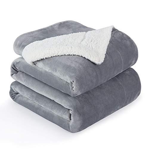 VOTOWN HOME Sherpa Decke Grau weich Kuscheldecke 220x240 cm, Doppelschicht warm flaushig Fleecedecke als Wohndecke/Sofadecke, Flanell Mikrofaser-Flausch Decke für Bett oder Couch