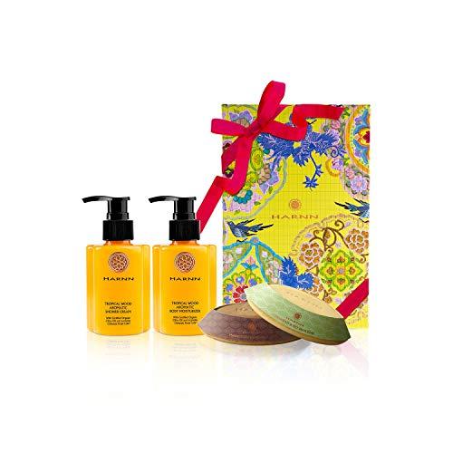 COFFRET CADEAUX, HARNN Natural Body Care Set - TROPICAL WOOD I - crème douche, lotion corporelle, savons (FLEUR D'ORANGE & SANTAL)