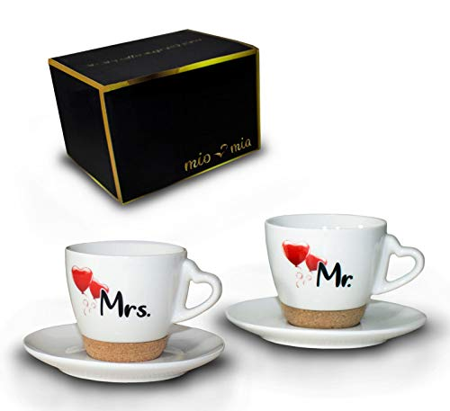 MIAMIO - Regalo para Pareja Nupcial Mr & Mrs/Set de Regalo de Boda/Tazas de Café Set con Corcho (Platillo)