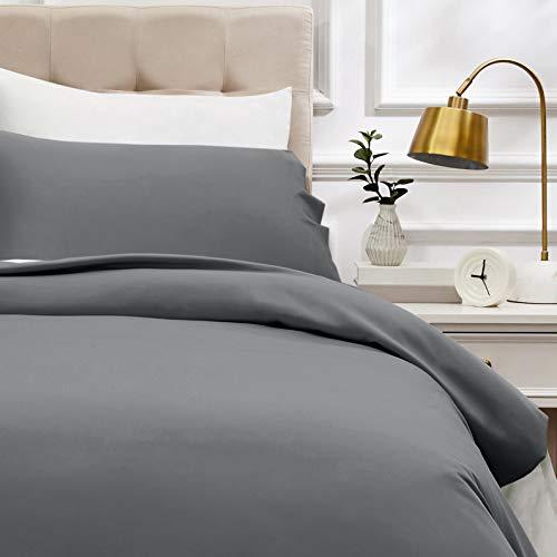 AmazonBasics - Bettwäsche-Set, Fadendichte 400, Baumwollsatin, 135 x 200 cm und einem Kissenbezug, 50 x 80 cm, Dunkelgrau