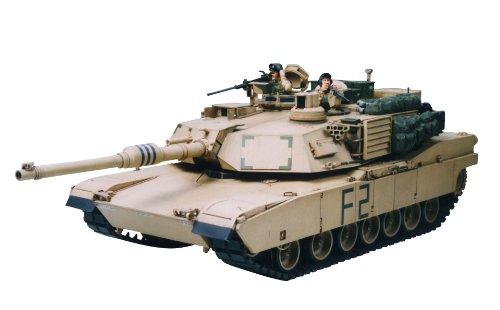 TAMIYA 300035269 300035269-1:35 US Kampfpanzer M1A2 Abrams Iraqi Freedom (2),originalgetreue Nachbildung, Plastik Bausatz, Basteln, Modellbausatz, Zusammenbauen, unlackiert