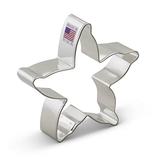 Ann Clark Cookie Cutters 2-Piece Beach Cookie Cutter Set with Recipe Booklet, Starfish and Seashell