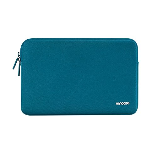 Incase Classic Sleeve for MacBook 15' Featuring Ariaprene