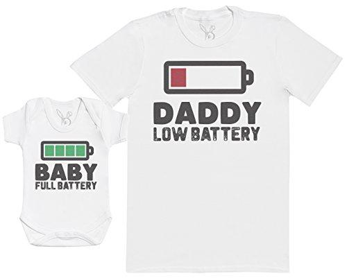 Baby Full Battery - Passende Vater Baby Geschenkset - Herren T-Shirt & Baby Strampler/Baby Body - weiß - L & 0-3 Monate