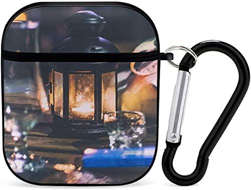Funda Airpod para Airpods de Apple AirPods 2 y 1 Candle Airpod Case para niñas Accesorios de Airpods con llavero (copa de vino transparente cerca de la linterna de vela negra)
