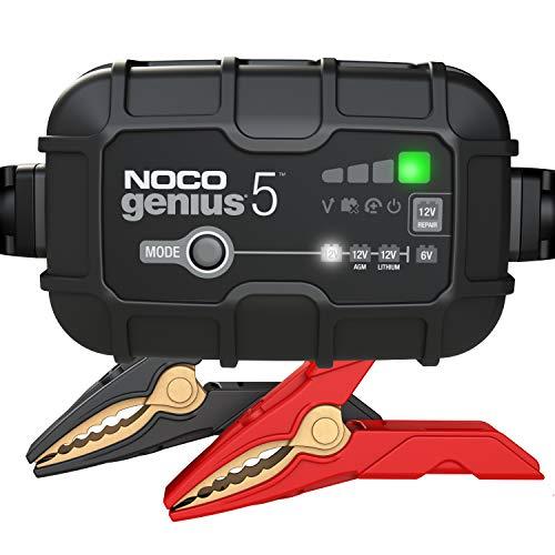NOCO GENIUS5EU, 5A Vollautomatisches Intelligent Ladegerät, 6V und 12V Batterieladegerät, Erhaltungsladegerät, und Desulfator für Auto, Motorrad, KFZ, LKW, PKW, Boot, Roller, Wohnmobil und Wohnwagen