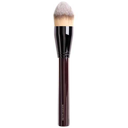 The Angled Foundation Brush by Kevyn Aucoin #21