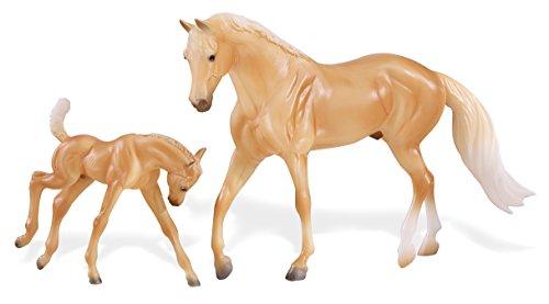 Breyer Freedom Series (Classics) Palomino Quarter Horse & Foal | 2 Horse Set | Model Horse Toy | 1: 12 Scale (Classics) | Model #62045