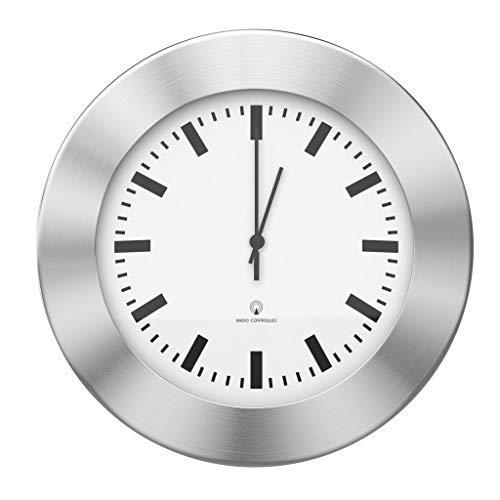 BonVivo The Classic Clock, Funkuhr lautlos ohne Tickgeräusche, Geräuschlose Wanduhr für die Küche mit Funk, Küchenuhren oder Wanduhr fürs Wohnzimmer und Büro in Silber, Durchmesser 30 cm