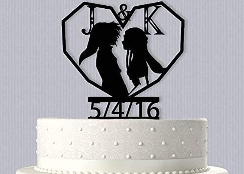 Link and Zelda In Heart Personalized Wedding Cake Topper