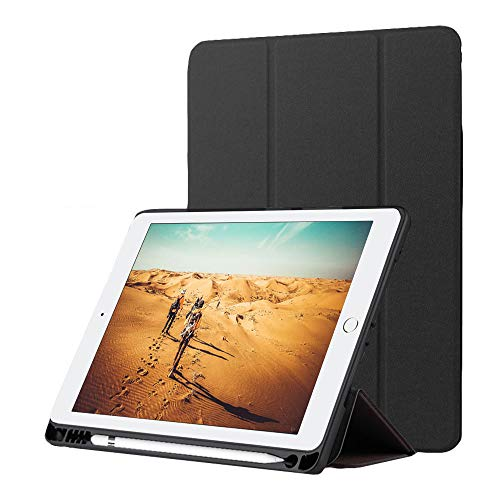 Nuevo iPad 9.7 2018 Funda con Portalápices, Suave TPU Trifold Stand Protector Smart Cover[Auto Sueño/Estela] para Apple iPad 9.7 2018/2017/Air 2/Air/Pro 9.7 2016[Stylus 2 en 1 gratis],Misterioso Negro