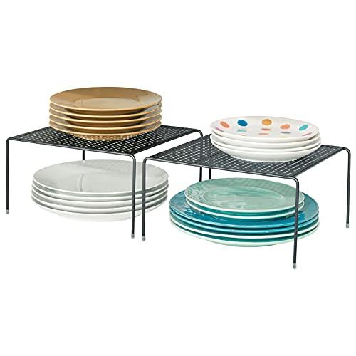 mDesign Juego de 2 estantes de Cocina – Soportes para Platos de Metal – Pequeños organizadores de armarios para Tazas, Platos, Alimentos, etc. – Negro