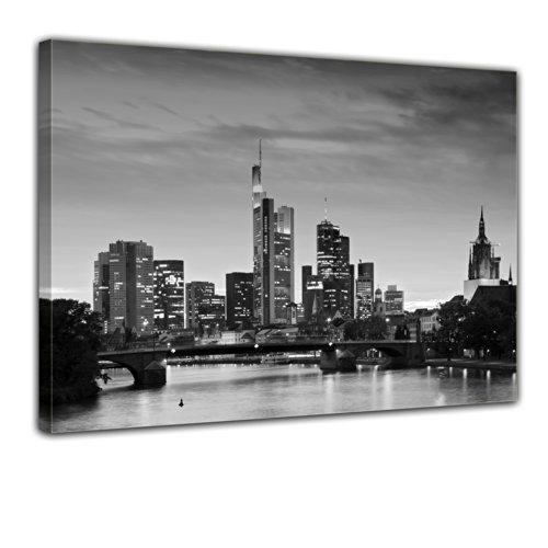 Wandbild - Frankfurt Skyline schwarz weiß - Deutschland bei Nacht - Deutschland - Bild auf Leinwand - 80x60 cm 1 teilig - Leinwandbilder - Städte & Kulturen - Hessen - Hochhäuser - Messe - Börse
