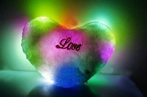 uchic 1pcs LED luz Up brilla corazón almohada 7-color LED suave almohada AUTO color rotación de regalo de día de San Valentín en forma de corazón iluminados almohada cojín de peluche en color al azar