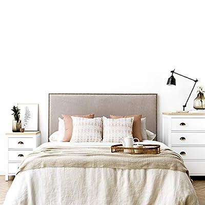 Diseño con Encanto: cabecero tapizado con un diseño sencillo de líneas rectas con tachuelas, detalle que lo hace único Gran Calidad: tapizado nido de alta calidad. *Producto fabricado en España. Uso/ Tamaño: para cama de 150: 160x120x6 cm(AnchoxAltox...