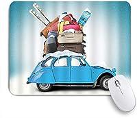 KAPANOUマウスパッド 芸術的な冬の旅行をテーマにした雪に覆われたイメージのスキー荷物のアイテムブルービンテージ車の休日の写真 ゲーミング オフィ滑り止めゴム底 ゲーミングなど適用 用コンピュータ